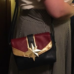 Hot Topic Captain Marvel Crossbody Bag and Wallet